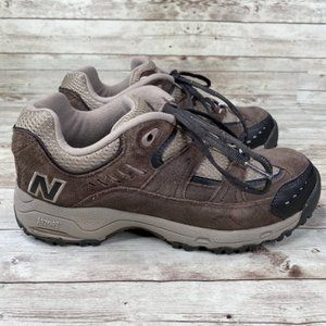 New Balance Womens 605 Athletic Shoes Size 8